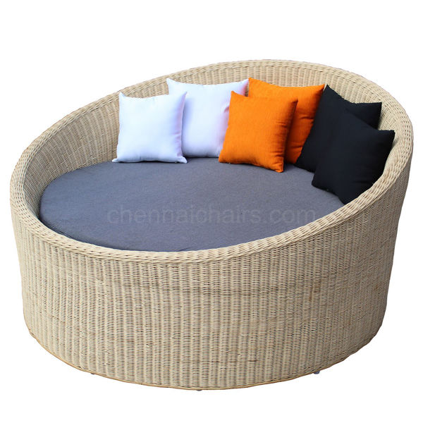 Merlin Cane Daybed