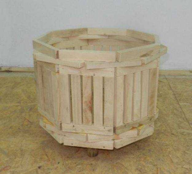 Picture of Brotula Wooden Flower Pot