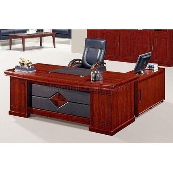 Picture of Milano Executive Desk 6 Ft