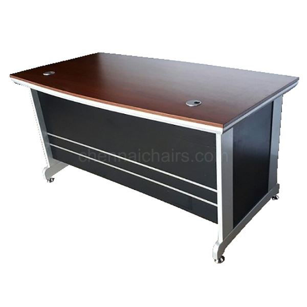 Picture of Studio Executive Desk 6 Ft